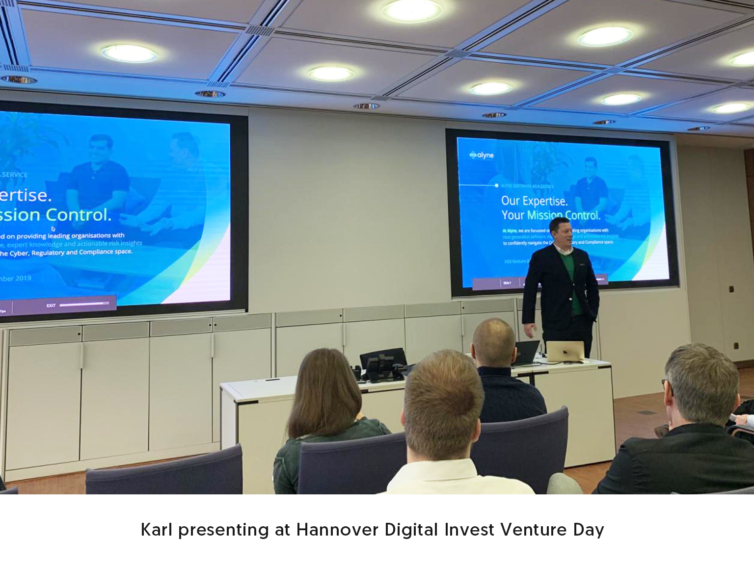 Karl presenting at Hannover Digital Invest Venture Day